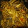 Noodles con zucca, funghi e surimi